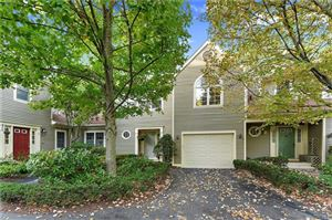 Photo of 2904 Canterbury Way, Mount Kisco, NY 10549 (MLS # 4743303)