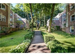 Photo of 858 Palmer Road, Bronxville, NY 10708 (MLS # 4728312)