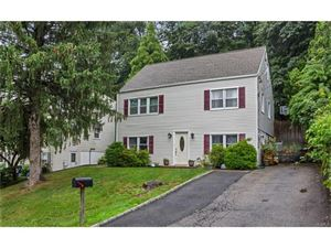 Photo of 4 Hillside Place, Elmsford, NY 10523 (MLS # 4731350)