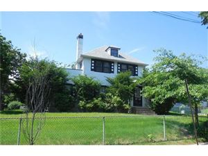 Photo of 556 East Lincoln Avenue, Mount Vernon, NY 10552 (MLS # 4740535)