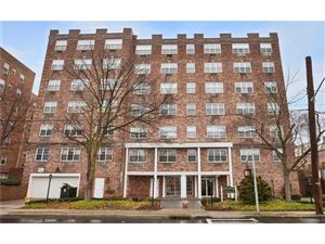 Photo of 2 Old Mamaroneck Road, White Plains, NY 10605 (MLS # 4644605)