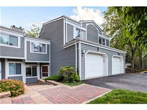Photo of 32 Top Of The Ridge, Mamaroneck, NY 10543 (MLS # 4740734)