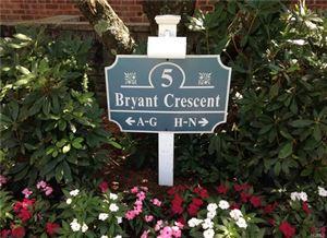 Photo of 5 Bryant Crescent, White Plains, NY 10605 (MLS # 4735745)