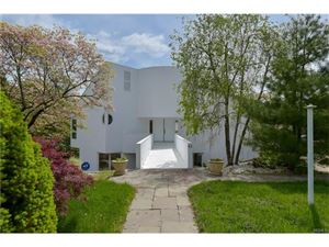 Photo of 82 Lakeshore Drive, Eastchester, NY 10709 (MLS # 4641872)