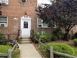 Photo of 2 Leewood Circle, Eastchester, NY 10709 (MLS # 4734892)
