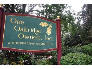 Photo of 1 Oakridge Place, Eastchester, NY 10709 (MLS # 4736952)
