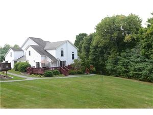 Photo of 44 Pembrooke Court, Putnam Valley, NY 10579 (MLS # 4725954)