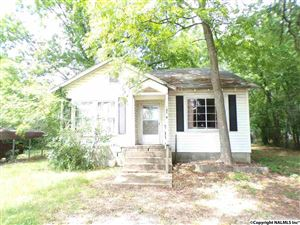 Photo of 14719 COURT STREET, MOULTON, AL 35650 (MLS # 1069892)