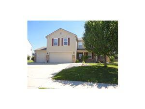 Photo of 1376 Blue Ridge, Brownsburg, IN 46112 (MLS # 21524492)