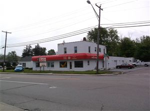 Photo of 6915 Bluffton Road, Fort Wayne, IN 46809 (MLS # 201308984)