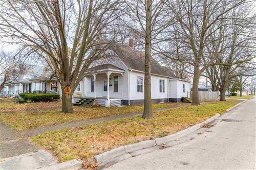 Photo of 802 N McLean Street, Lincoln, IL 62656 (MLS # 20160132)