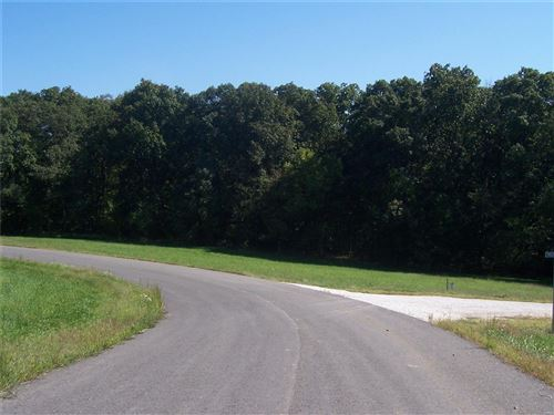 Photo of 0 Lot 66 The Timbers, Hawk Point, MO 63349 (MLS # 703081)