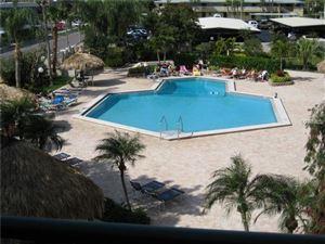 Photo of 320 ISLAND WAY #109, CLEARWATER, FL 33767 (MLS # U7836018)