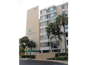 Photo of 644 ISLAND WAY #303, CLEARWATER BEACH, FL 33767 (MLS # U7820141)