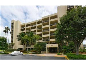 Photo of 1125  GULF OF MEXICO DR  #404, LONGBOAT KEY, FL 34228 (MLS # A4119470)