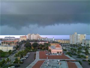 Photo of 800 S GULFVIEW BLVD #806, CLEARWATER BEACH, FL 33767 (MLS # U7810863)