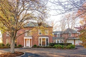 Photo of 324 PROVENCAL RD, Grosse Pointe Farms, MI 48236 (MLS # 21302666)