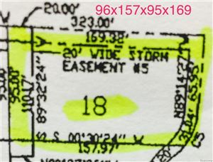 Photo of 3141 SPRUCE DR, Port Huron, MI 48060-1637 (MLS # 21375946)