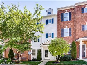Photo for 18731 FALLING RIVER DR, GAITHERSBURG, MD 20879 (MLS # MC10029006)