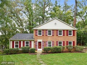 Photo of 8211 CAPTAIN HAWKINS CT, ANNANDALE, VA 22003 (MLS # FX10081018)
