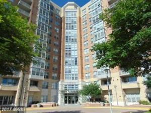 Photo of 11800 SUNSET HILLS RD #314, RESTON, VA 20190 (MLS # FX9858018)