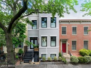 Photo of 820 C ST SE, WASHINGTON, DC 20003 (MLS # DC10050022)