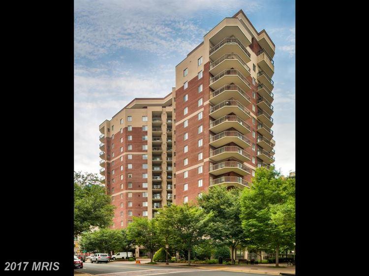 Photo for 901 MONROE ST N #913, ARLINGTON, VA 22201 (MLS # AR9950037)