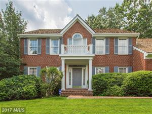 Photo of 4716 LEEHIGH CT, FAIRFAX, VA 22030 (MLS # FX10036048)
