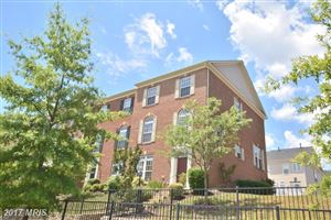 Photo of 2197 POTOMAC CLUB PKWY, WOODBRIDGE, VA 22191 (MLS # PW9984053)
