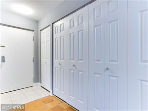 Photo of 7800 DASSETT CT #302, ANNANDALE, VA 22003 (MLS # FX10081066)
