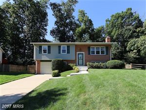 Photo of 851 LONGVIEW PL, HERNDON, VA 20170 (MLS # FX10028068)