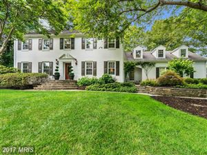 Photo of 7009 GREEN OAK DR, McLean, VA 22101 (MLS # FX10034076)