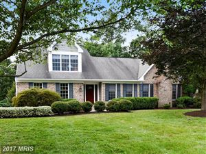 Photo of 8600 LARKVIEW LN, FAIRFAX STATION, VA 22039 (MLS # FX10101085)