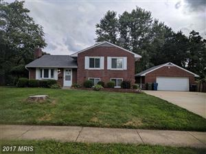 Photo of 7601 HERITAGE DR, ANNANDALE, VA 22003 (MLS # FX10039106)