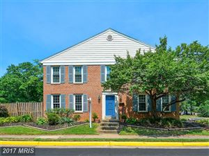 Photo of 11879 SAINT TRINIANS CT, RESTON, VA 20191 (MLS # FX10011114)