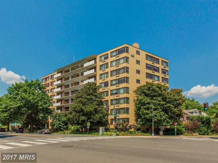Photo for 3601 WISCONSIN AVE NW #708, WASHINGTON, DC 20016 (MLS # DC10022145)