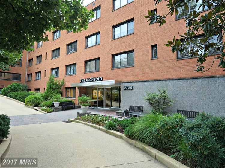 Photo for 2725 39TH ST NW #307, WASHINGTON, DC 20007 (MLS # DC10030164)