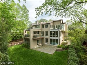 Photo of 2946 CHAIN BRIDGE RD NW, WASHINGTON, DC 20016 (MLS # DC9938167)