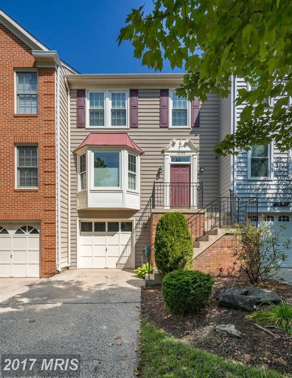 Photo for 12784 DOGWOOD HILLS LN, FAIRFAX, VA 22033 (MLS # FX10029179)