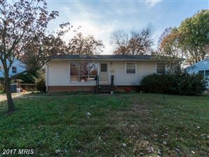 Photo of 1113 DRAKE ST SW, VIENNA, VA 22180 (MLS # FX10104191)