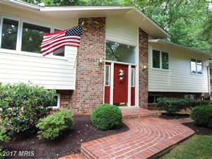 Photo of 5103 RICHARDSON DR, FAIRFAX, VA 22032 (MLS # FX9984197)