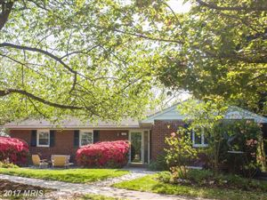 Photo of 910 OVERLOOK DR N, ALEXANDRIA, VA 22305 (MLS # AX10011204)
