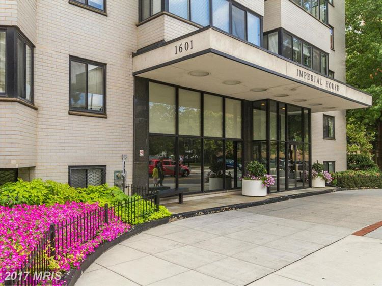 Photo for 1601 18TH ST NW #518, WASHINGTON, DC 20009 (MLS # DC9927229)