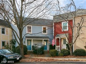 Photo of 11188 SILENTWOOD LN, RESTON, VA 20191 (MLS # FX10109236)