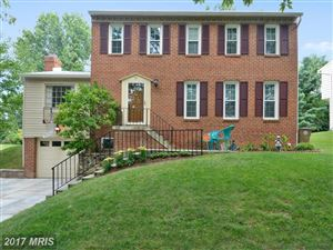 Photo of 13 GROVEPOINT CT, ROCKVILLE, MD 20854 (MLS # MC10031287)