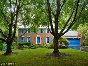 Photo of 10128 HILLINGTON CT, VIENNA, VA 22182 (MLS # FX10029293)