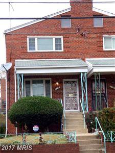 Photo of 716 HAMILTON ST NE, WASHINGTON, DC 20011 (MLS # DC10104320)