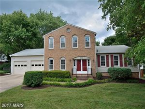 Photo of 8008 WEST POINT DR, SPRINGFIELD, VA 22153 (MLS # FX9961323)