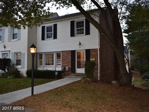 Photo of 1 IRISH CT, GAITHERSBURG, MD 20878 (MLS # MC10101323)