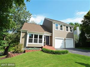Photo of 13503 LEITH CT, CHANTILLY, VA 20151 (MLS # FX10060328)